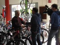 Equipa de reportagem SIC em entrevista ao Sr. José Santos